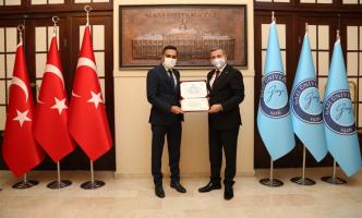 Cumhurbaşkanlığı Devlet Denetleme Kurulu Başkanı Yunus Arıncı, Rektörümüz Prof. Dr. Musa Yıldız'ı Ziyaret Etti